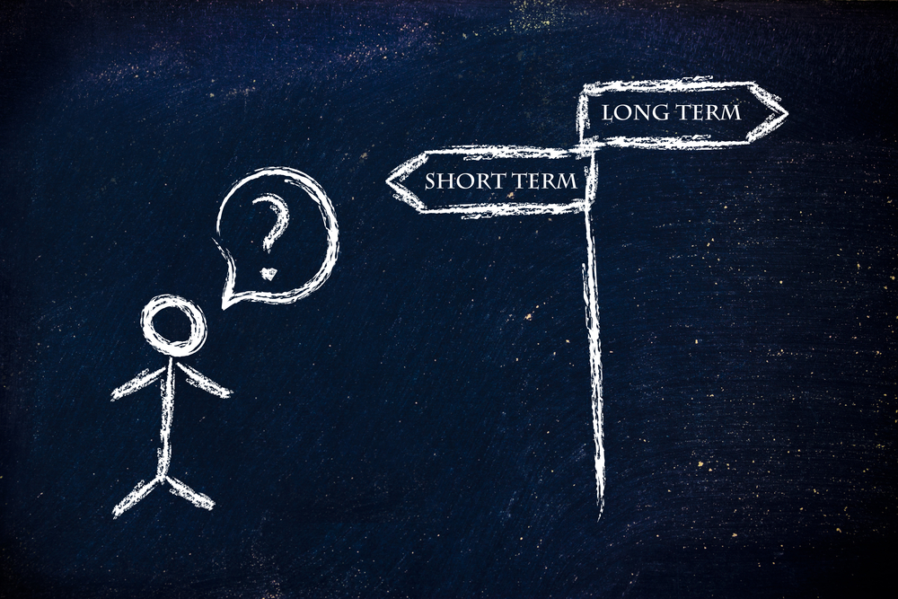a stick figure is questioning whether short or long term is the way to go
