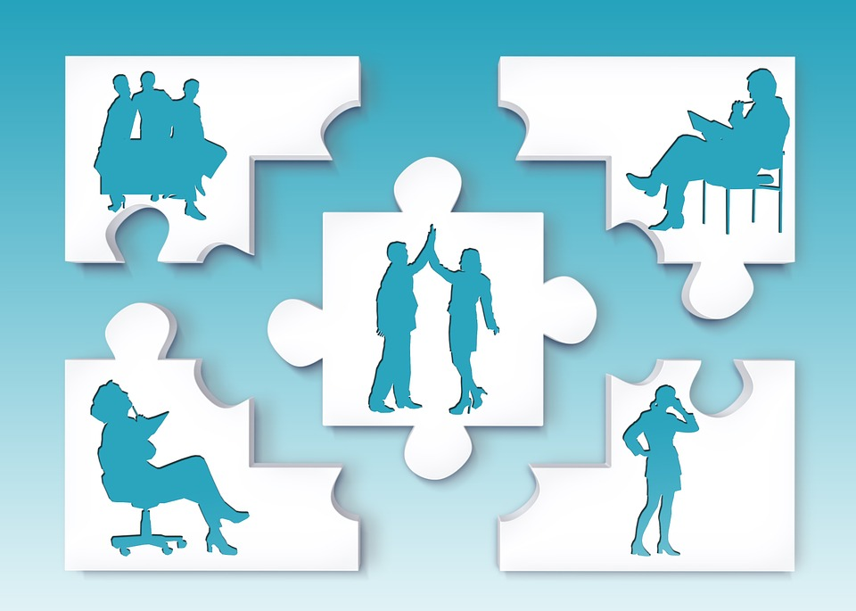 puzzle pieces showing various Manager Roles to Master
